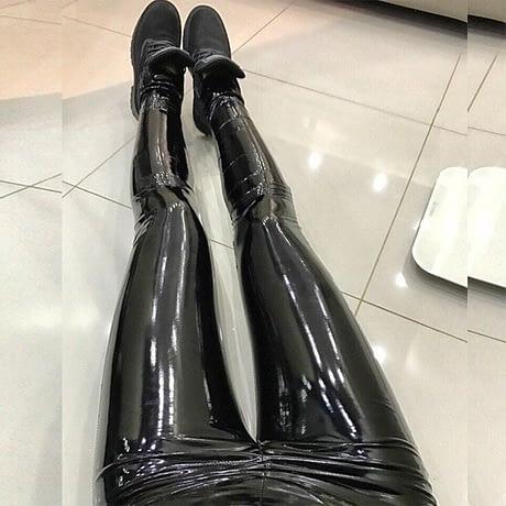 S-3XL-Plus-Size-wet-look-Leather-Leggings-Women-High-Waist-Leggings-Stretch-Slim-red-Black-2.jpg