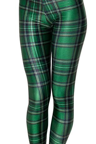 women-green-plaid-leggings-close-up